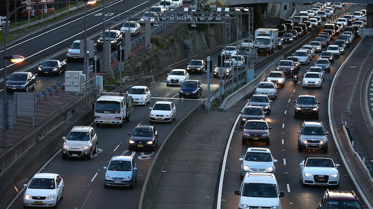 Better infrastructure planning: can politicians be trusted?
