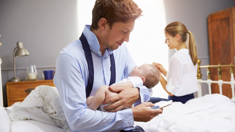 Victoria strengthens parental leave for public servants