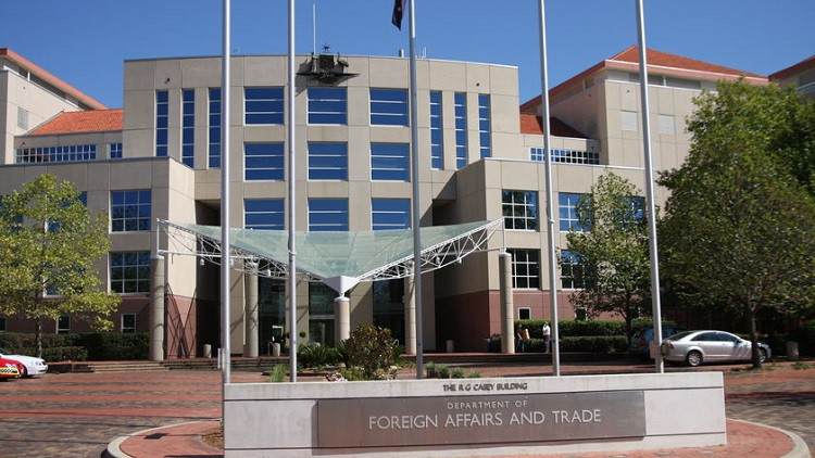Inside DFAT's independent evaluation experiment