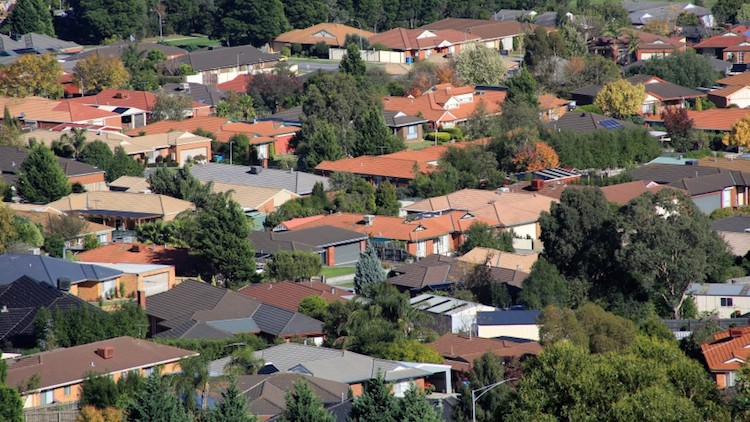 Sydney and Perth home to Australia's most advantaged communities, census shows