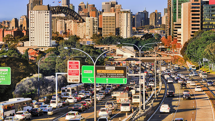 Sydney moves to 'on demand' small scale public transit. But will it work?