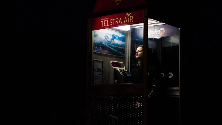 Contract management lessons drawn from 'costly and opaque' Telstra deal