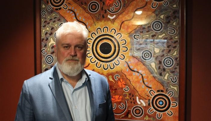 Breaking the data silos: including Indigenous Australians in the data-driven world