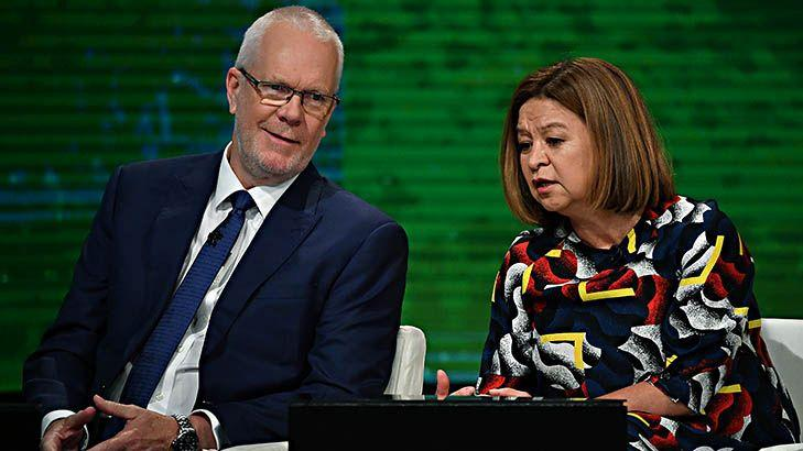Mike Mrdak's ABC review: Milne told Guthrie to sack ABC journalists of his own accord