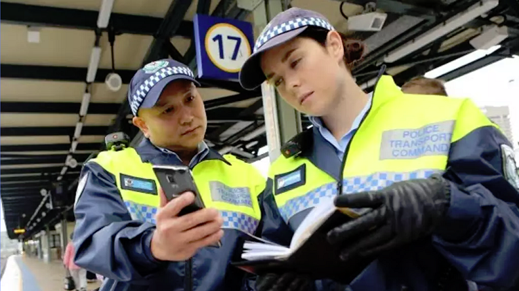 NSW takes the lead on national broadband for emergency services, after years of debate