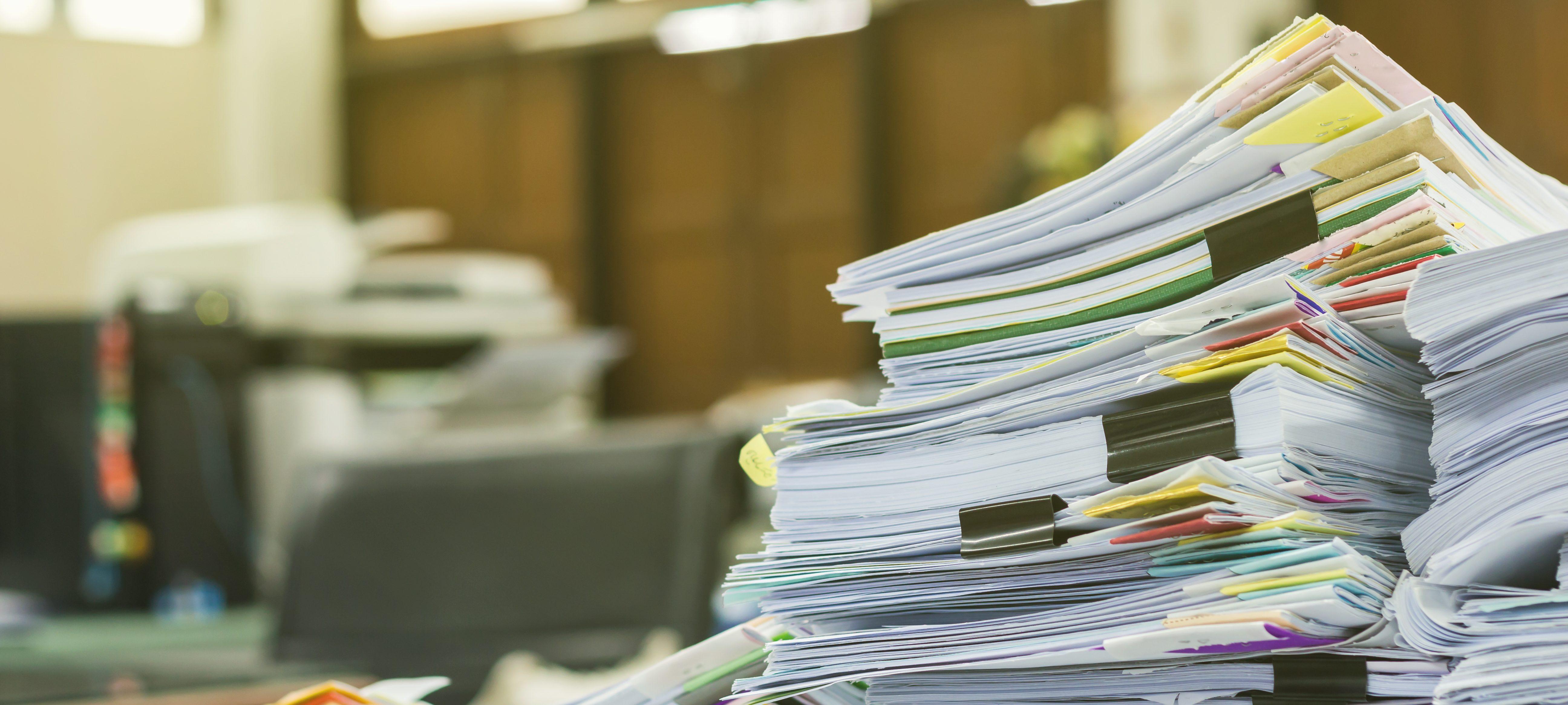 file pile desk