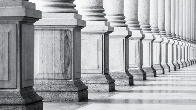 Can markets do the job of regulators?