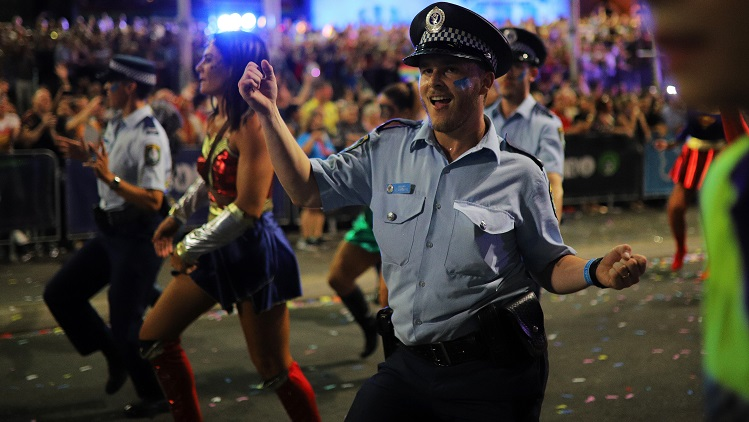 Record number of government bodies in Sydney's 41st Mardi Gras