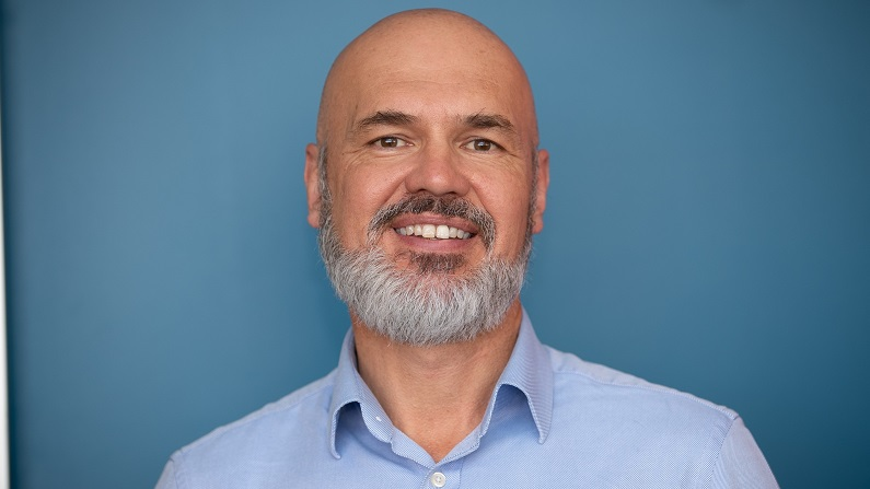 Former NSW department head Martin Hoffman to lead Services Australia transition taskforce