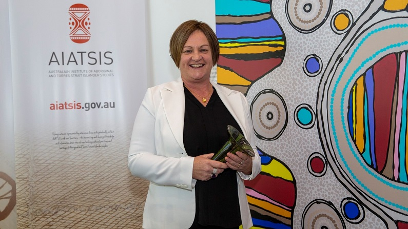 Indigenous public servants deal with 'everyday racism' and 'white supremacy' at work: academic prize winner