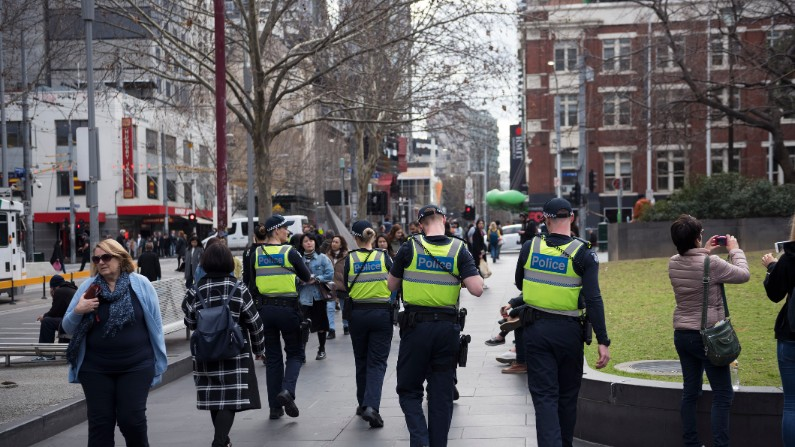 Report finds high levels of sexual harassment in Victoria Police, but commends them for committing to change