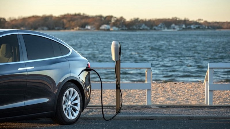 Zero emissions from the bottom of Victoria to the top of Queensland? Electric vehicles are on government agendas