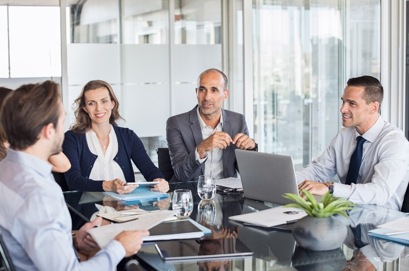 Navigating participation challenges for better meetings