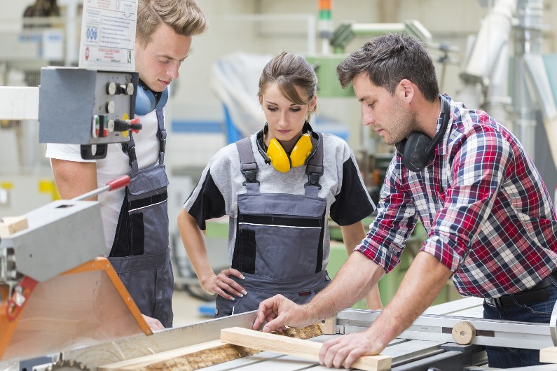 Vic government launches new apprenticeships agency