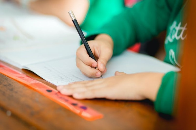 Are handwriting and spelling gaps behind NZ's declining literacy?