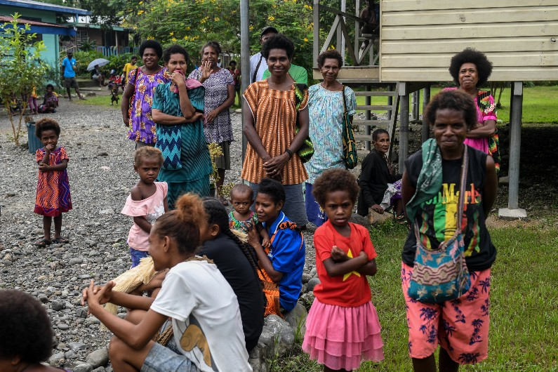 Australian public support health aid for PNG