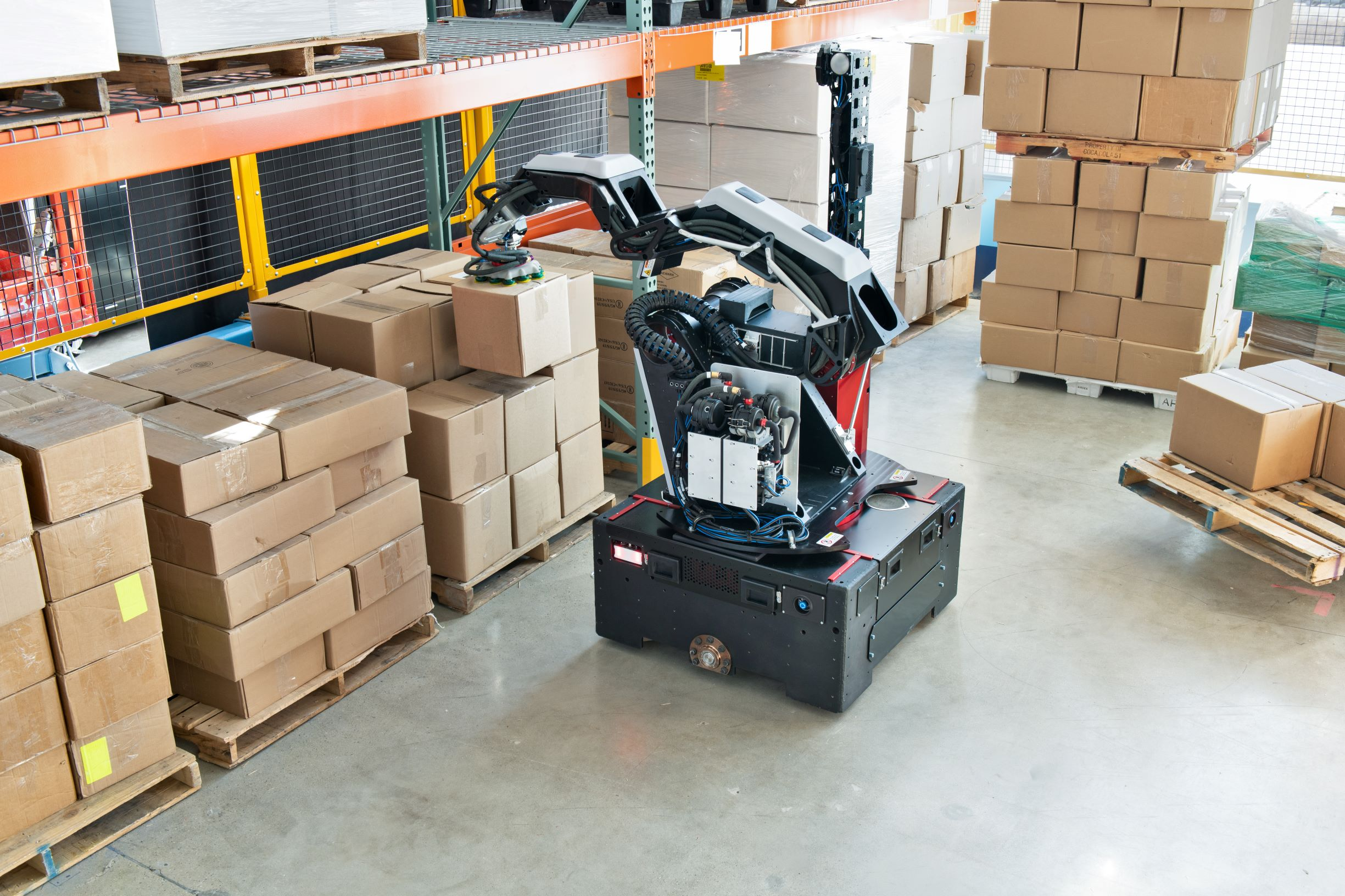 Boston Dynamics' new warehouse robot, Stretch, moves 800 boxes an hour