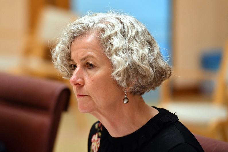 Labor wants retrospective powers for new parliamentary complaints mechanism