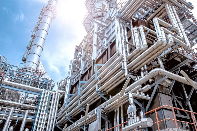 Government unveils $2.4b fuel security package for oil refineries