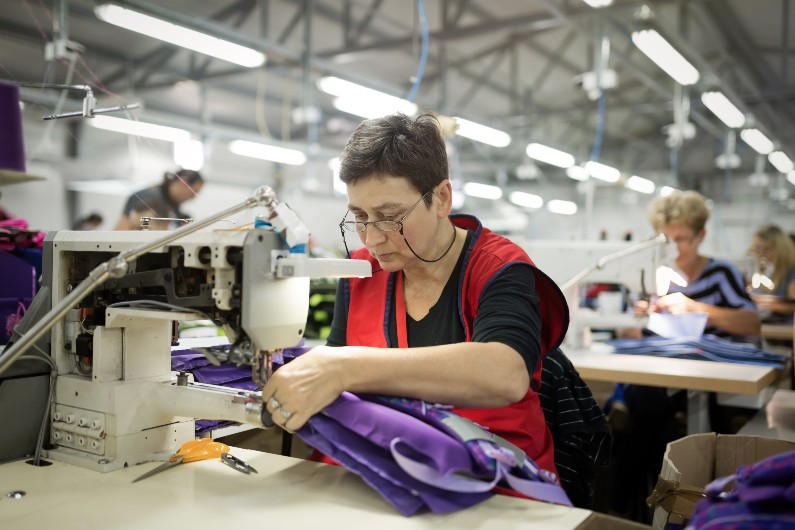 So-called 'budget for women' threadbare for textile clothing and footwear industry, union claims