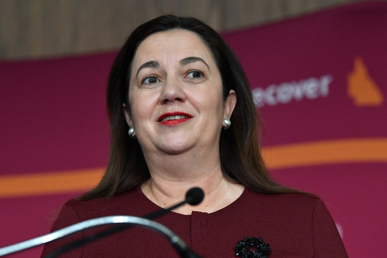 Qld government wants more women in leadership roles