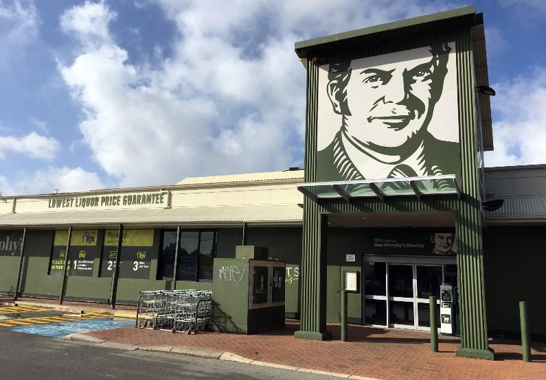 NT Liquor Licensing boss should be removed after Dan Murphy debacle