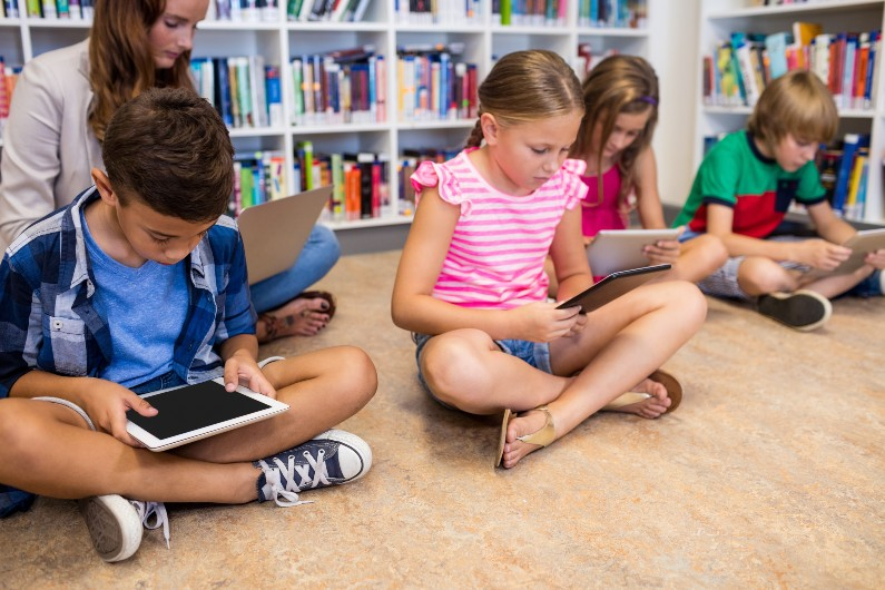 The latest evidence on digital literacy inclusion in education