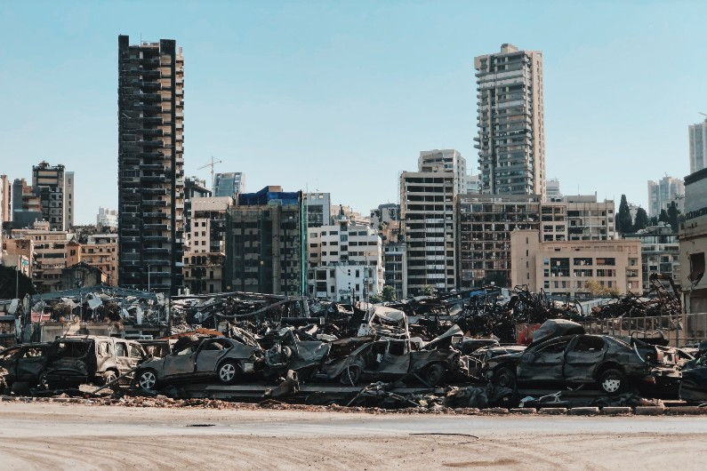 Lebanon: one year after Beirut explosion, failing state struggles amid poverty andsectarianism