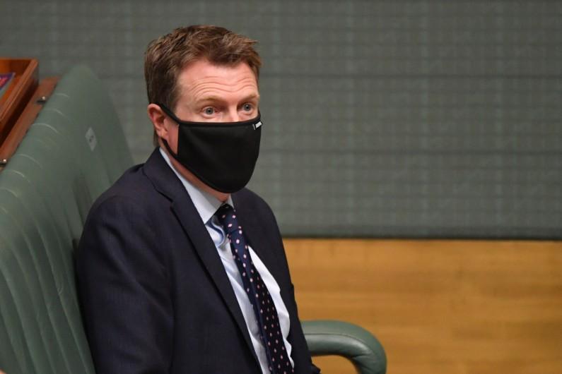 Coalition closes ranks around Porter to block blind trust probe