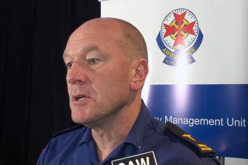 'The longest we have ever seen': ADF, SES and St Johns to help Victorian paramedics