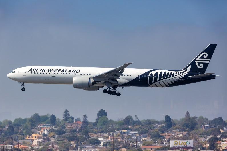 Australia to pause flights to NZ North Island until November