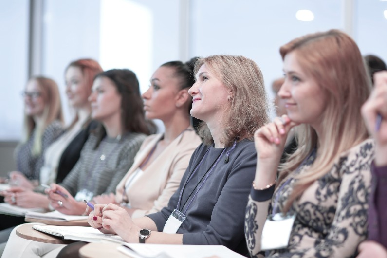 Union survey to identify key issues for public sector women